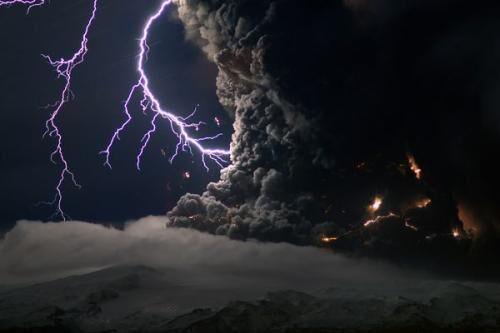世界十大闪电击人离奇事件 被闪电击中会死吗?