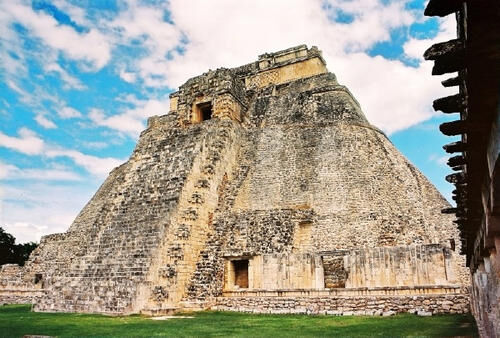 玛雅金字塔和埃及金字塔的区别 金字塔有什么作用?
