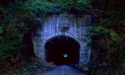 日本最阴森凶险的灵异之地,犬鸣隧道亡魂作怪