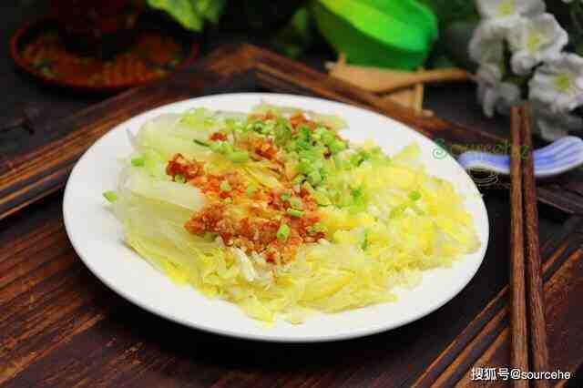 大白菜新吃法,不炒不炖,蒸一蒸热乎乎,香辣可口,很好吃!