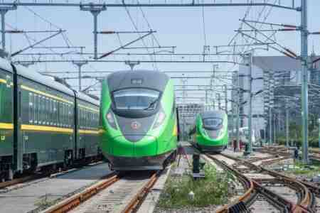 到拉萨的动车7月开通!进藏复兴号列车,将新增供氧设备!