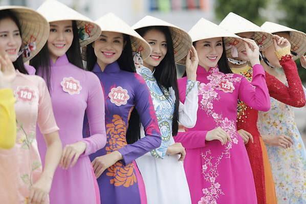 中国斗笠历史悠久,入选世界非遗名录的,为何是越南女头顶的斗笠?