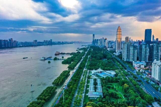 武汉江滩总体面积已超200万平方米:庞大的露天公园,风光壮阔